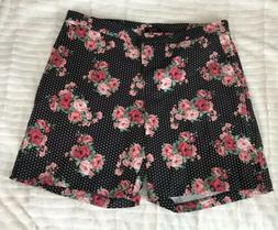 DONNA MOORE BERMUDA STRETCH SHORTS BLACK FLORAL & DOTS PLUS